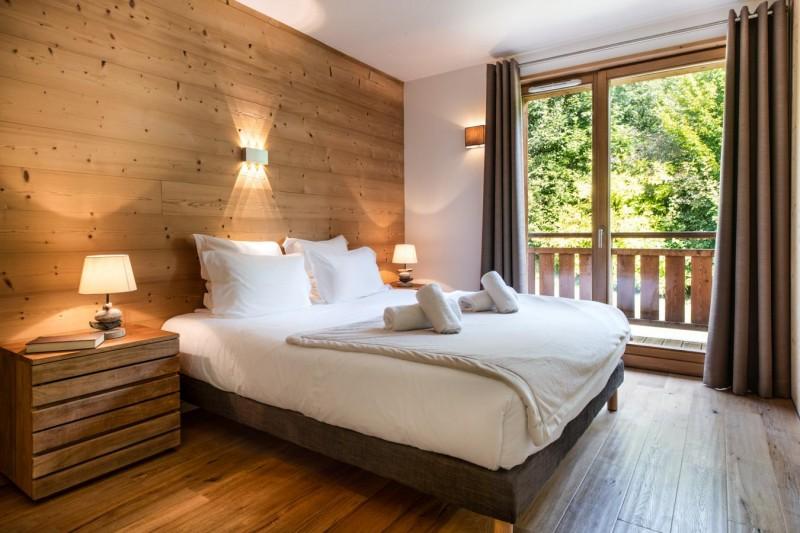 K2-14-chambre-lit-double-location-appartement-chalet-Les-Gets