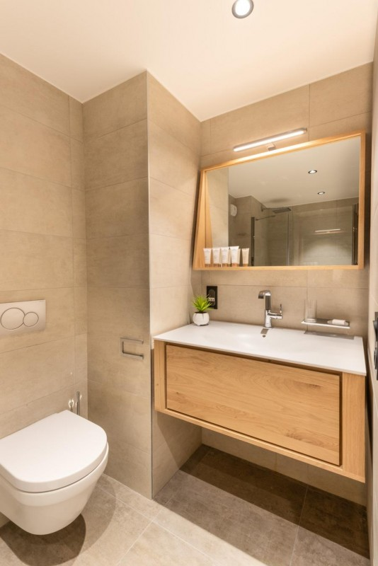 Kinabalu-11-salle-de-bain2-location-appartement-chalet-Les-Gets