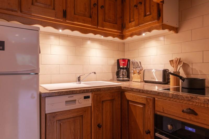 Labrador-2pieces-2-4-personnes-cuisine-location-appartement-chalet-Les-Gets