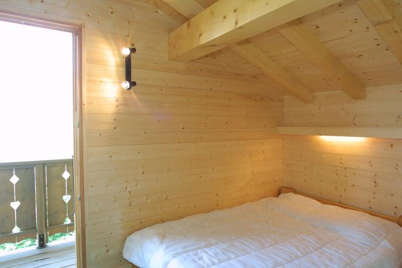 Lapye-chambre-double-location-appartement-chalet-Les-Gets