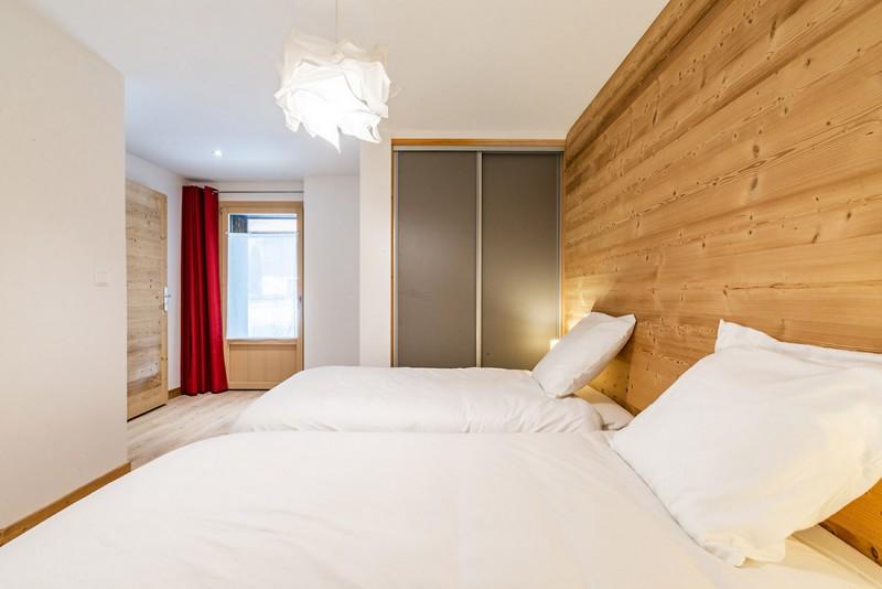 Le-Grand-Pre-chambre-double3-location-appartement-chalet-Les-Gets