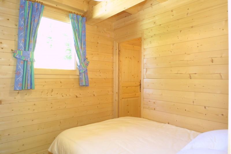Les-Chouettes-chambre-double-location-appartement-chalet-Les-Gets