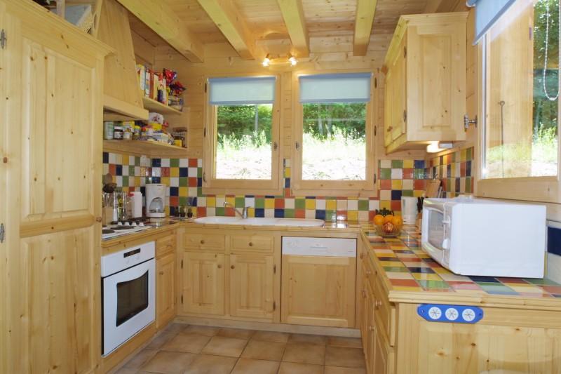 Les-Chouettes-cuisine-location-appartement-chalet-Les-Gets