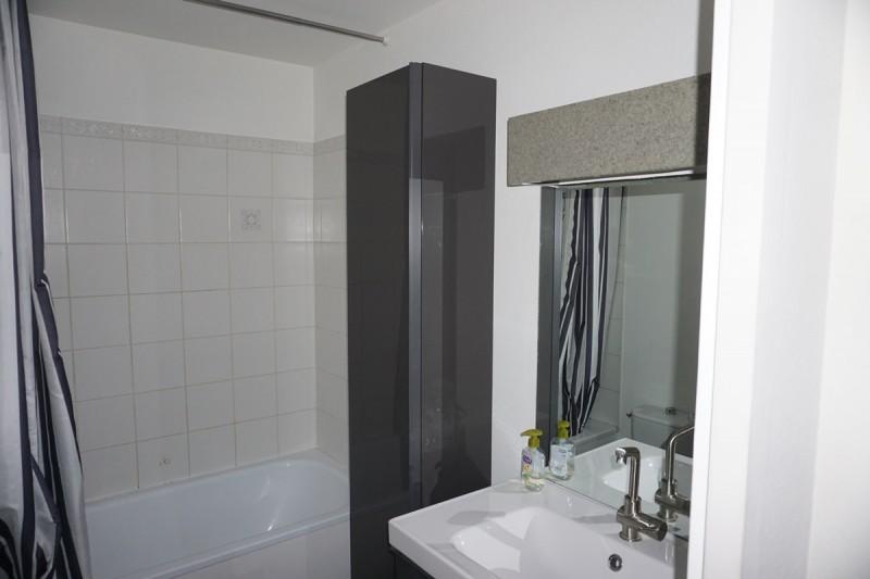 Lion-d-or-B4-salle-de-bain-location-appartement-chalet-Les-Gets