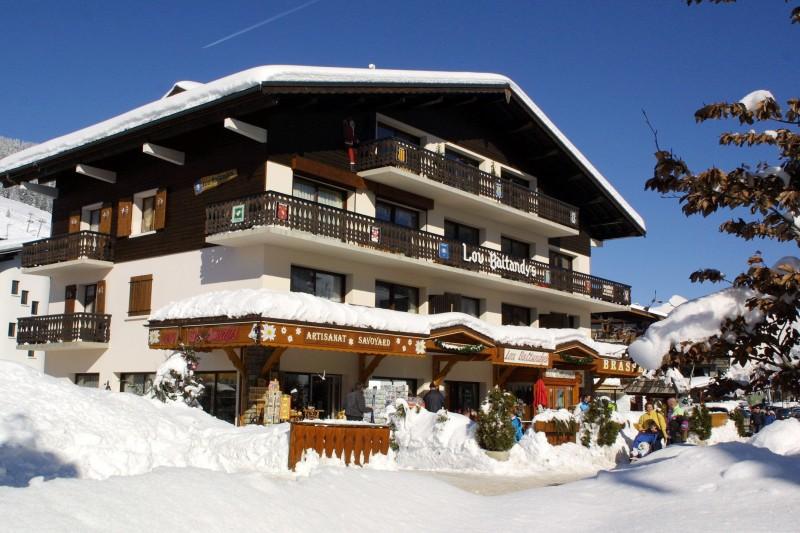 Lou-Baitandys-exterieur-hiver-location-appartement-chalet-Les-Gets