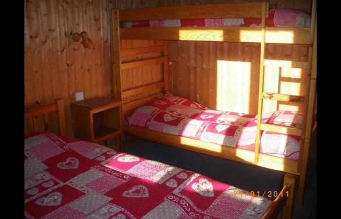 Lou-Paradou-chambre-location-appartement-chalet-Les-Gets