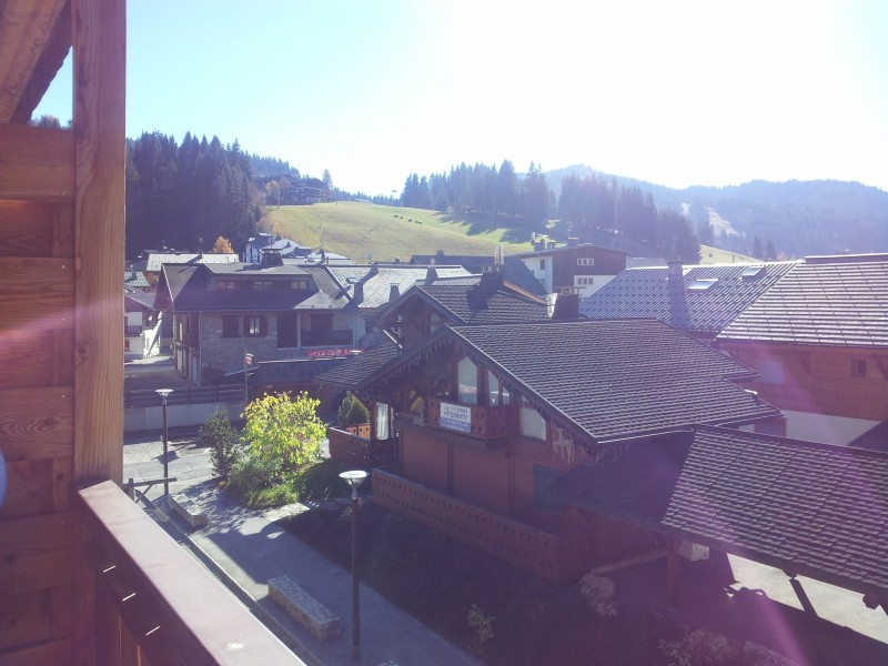 Marcelly-12-balcon-ete-location-appartement-chalet-Les-Gets