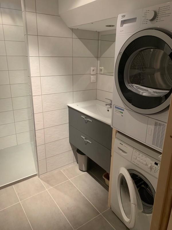 Marcelly-7-salle-de-bain-location-appartement-chalet-Les-Gets