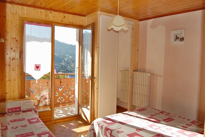 Metrallins-Muguet-chambre-location-appartement-chalet-Les-Gets