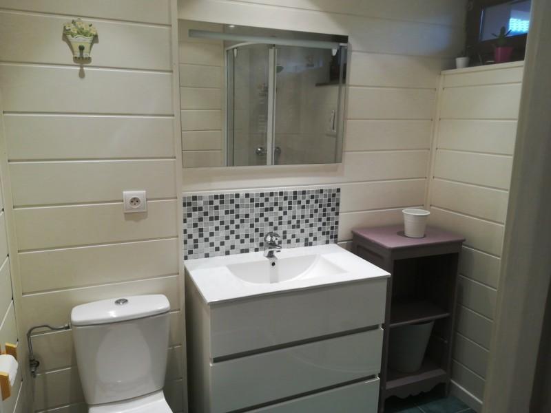 Pameo-4-2-salle-de-bain-location-appartement-chalet-Les-Gets