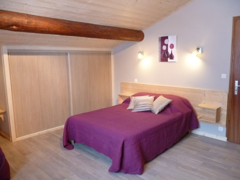 Perrieres-Edelweiss-chambre-double-location-appartement-chalet-Les-Gets