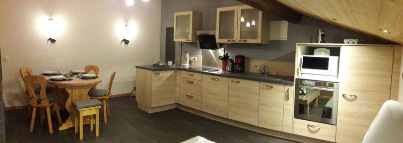 Perrieres-Edelweiss-cuisine2-location-appartement-chalet-Les-Gets