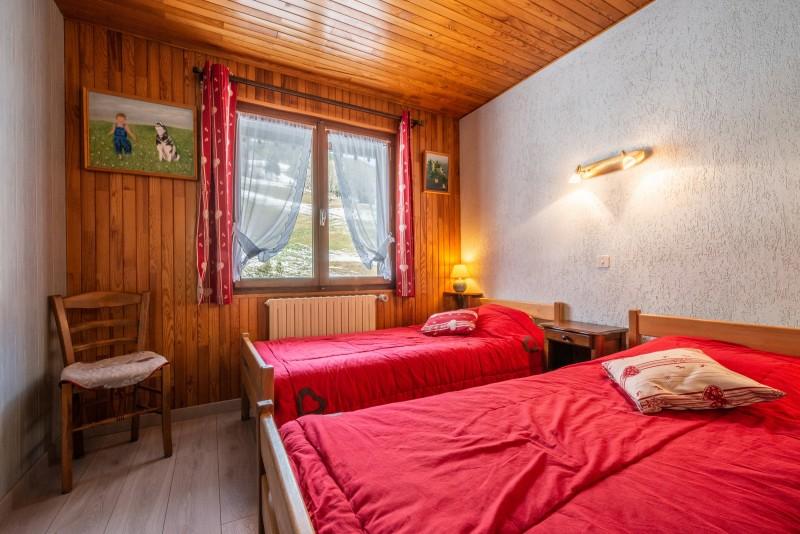 Pressenage-Mesange-chambre-location-appartement-chalet-Les-Gets