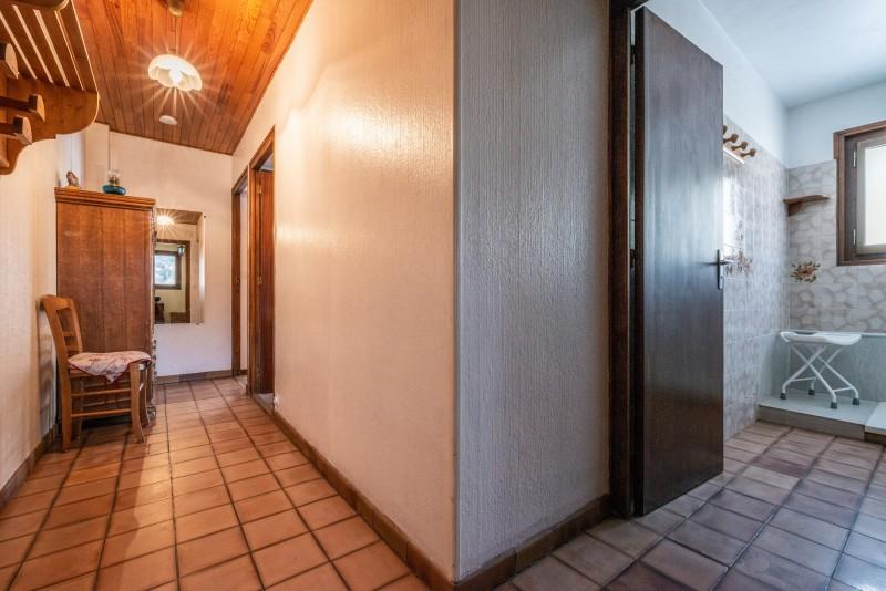 Pressenage-Mesange-couloir-location-appartement-chalet-Les-Gets