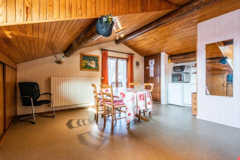 Pressenage-Moineau-sejour2-location-appartement-chalet-Les-Gets