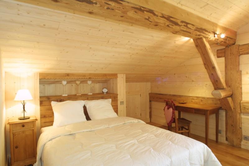 Ramus-Roy-des-Montagnes-chambre-lit-double-location-appartement-chalet-Les-Gets