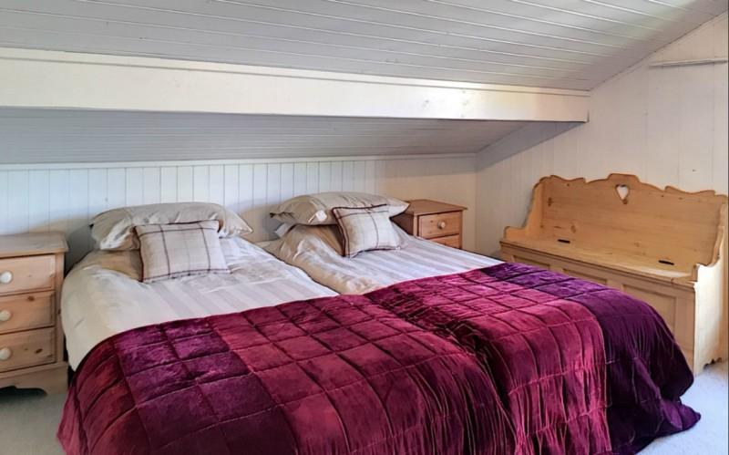 Renard-du-Lac-chambre-lits-simples-location-appartement-chalet-Les-Gets