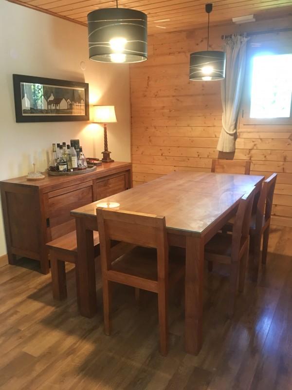 Renard-du-Lac-salle-a-manger2-location-appartement-chalet-Les-Gets