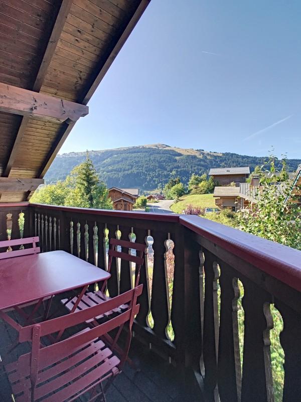 Renard-du-Lac-vue-balcon2-location-appartement-chalet-Les-Gets