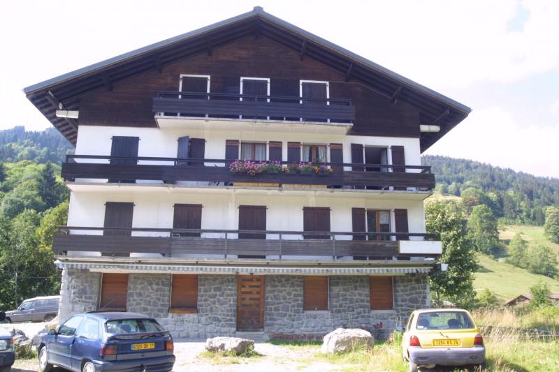 Retour-aux-Neiges-1-exterieur-ete-location-appartement-chalet- Les-Gets