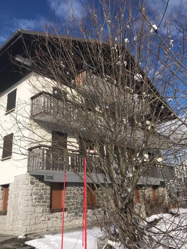 Retour-aux-Neiges-1-exterieur-hiver-location-appartement-chalet- Les-Gets