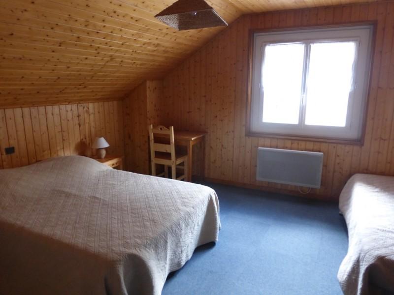Rhodos-9-chambre-location-appartement-chalet-Les-Gets