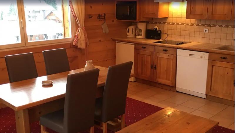 Sabaudia-6-pieces-12/14-personnes-cuisine-location-appartement-chalet-Les-Gets