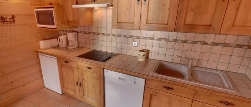 Sabaudia-6-pieces-12/14-personnes-cuisine3-location-appartement-chalet-Les-Gets