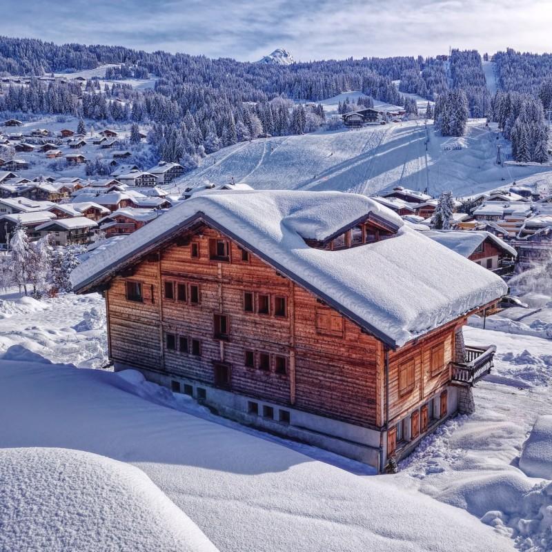 Sapiniere-2-vue-exterieur-hiver-location-appartement-chalet-Les-Gets