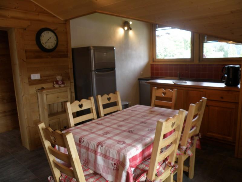 Sapiniere-9-cuisine-location-appartement-chalet-Les-Gets