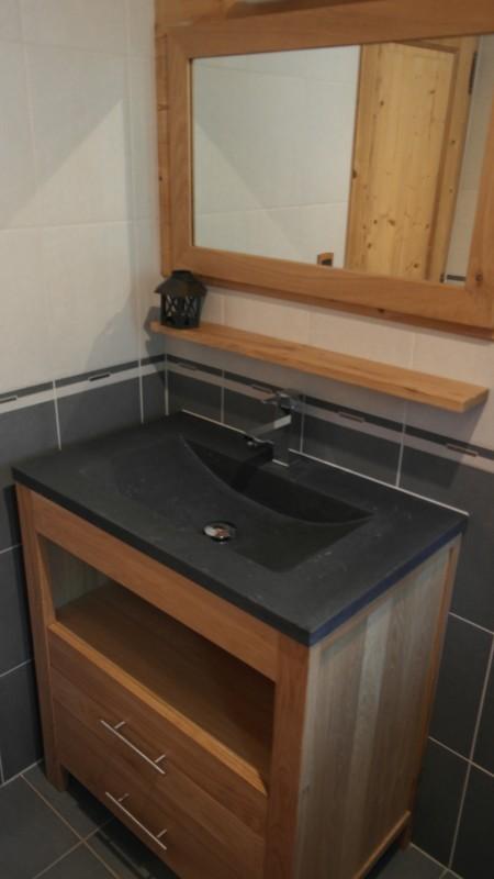 Beau-Sejour-4-salle-de-bain-lavabo-location-appartement-chalet-Les-Gets