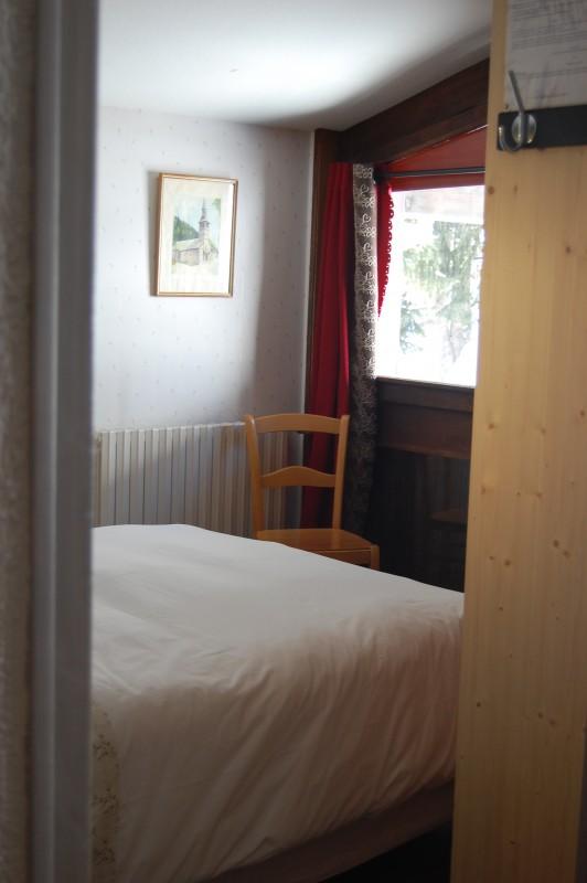 Six-Deniers-chambre-double-location-appartement-chalet-Les-Gets