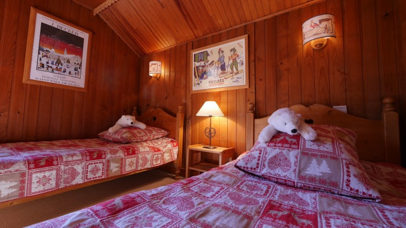 Ski-Love-Telemark-chambre1-location-appartement-chalet-Les-Gets