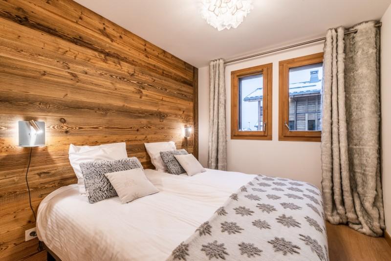 Solaret-206-chambre-double1-location-appartement-chalet-Les-Gets