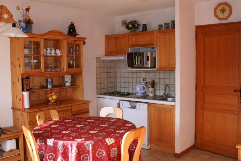 Soleil-de-Minuit-2-sejour-location-appartement-chalet-Les-Gets
