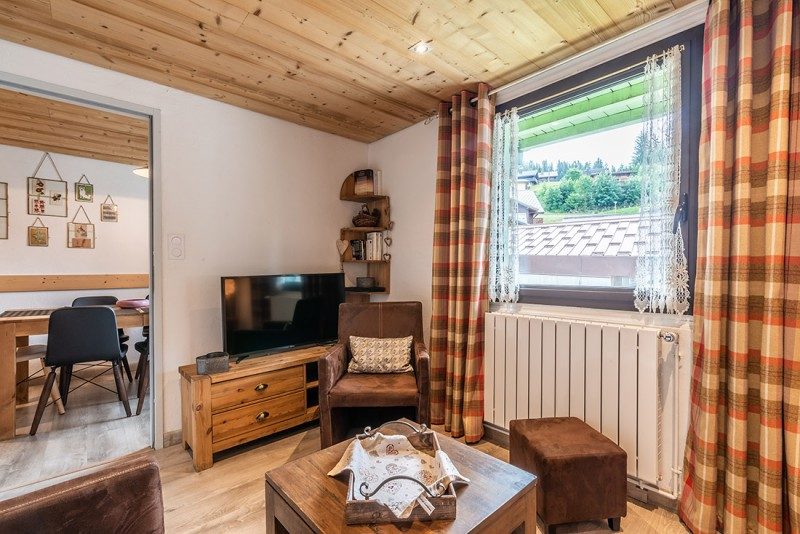 Splery-Lupin-salon-location-appartement-chalet-Les-Gets