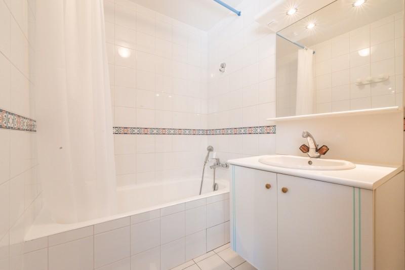 Sylvestra-salle-de-bain-location-appartement-chalet-Les-Gets
