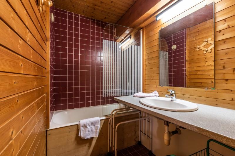Telemark-salle-de-bain-chalet-appartement-Les-Gets