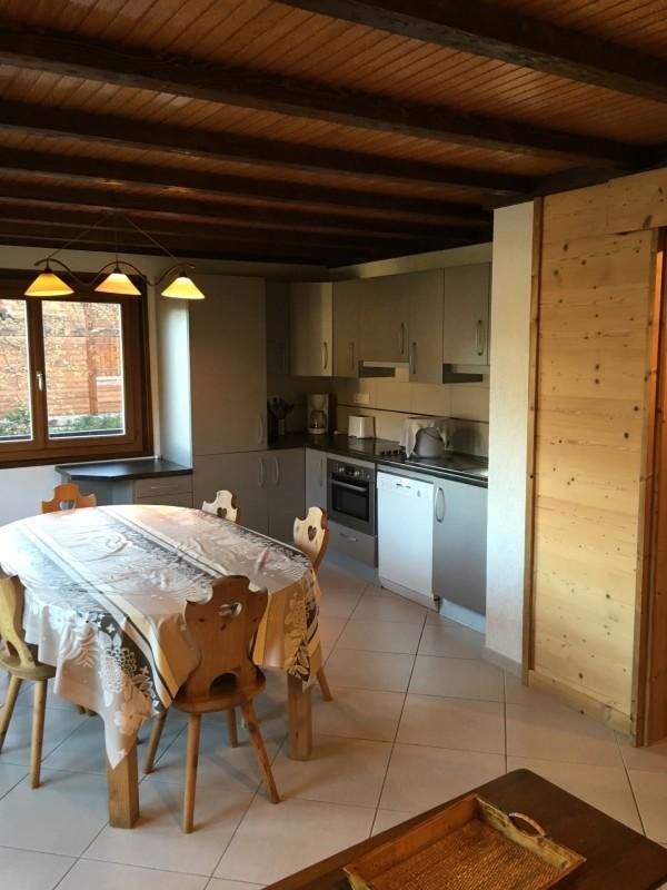 Toure-1-cuisine-location-appartement-chalet-Les-Gets