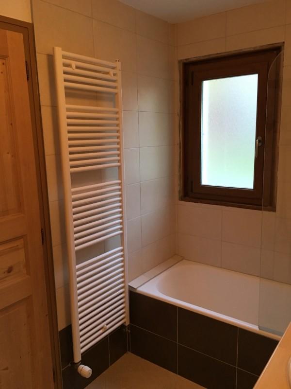 Toure-1-salle-de-bain2-location-appartement-chalet-Les-Gets