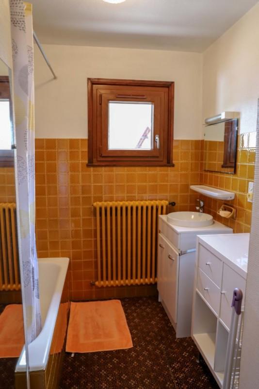 Tournier-4-salle-de-bain-location-appartement-chalet-Les-Gets