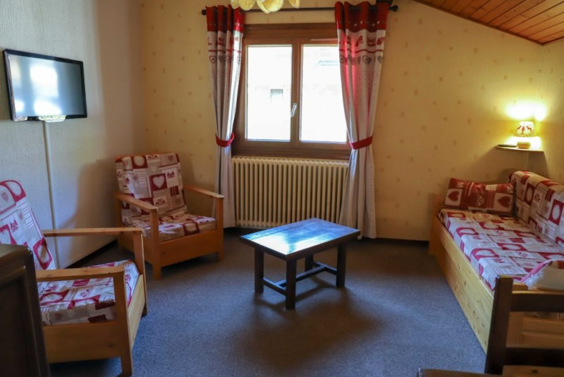 Tournier-4-salon2-location-appartement-chalet-Les-Gets