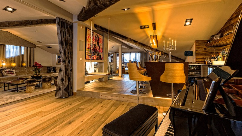 urban-corniche-piano-loungebar-3353259