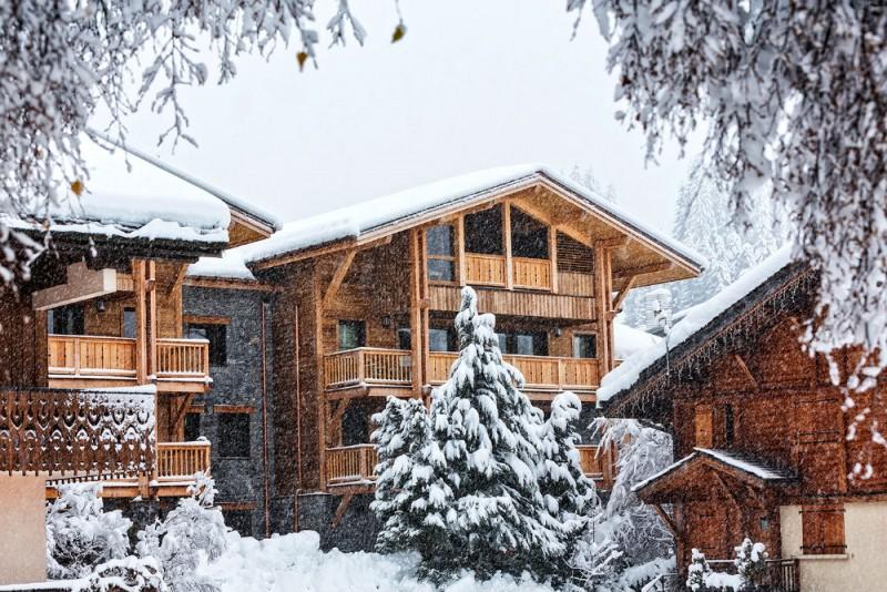 urban-corniche-snowyexterior-3353262