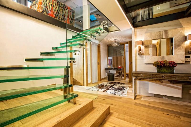 urban-corniche-stairs2-3353261