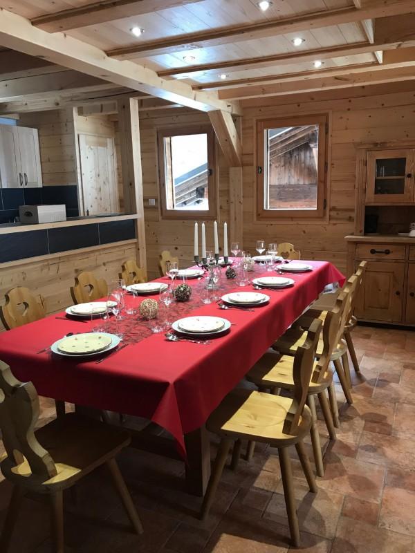 Varlope-salle-a-manger3-location-appartement-chalet-Les-Gets