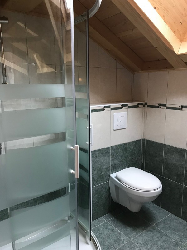 Varlope-sdb-douche-wc-location-appartement-chalet-Les-Gets