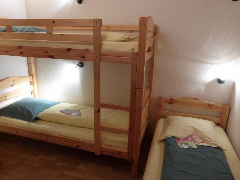 Versant-du-Soleil-Perce-Neige-chambre-lits-superposes-location-appartement-chalet-Les-Gets