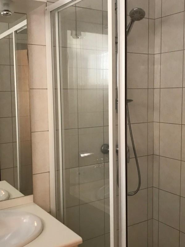 Victoria-3-salle-de-bain-location-appartement-chalet-Les-Gets