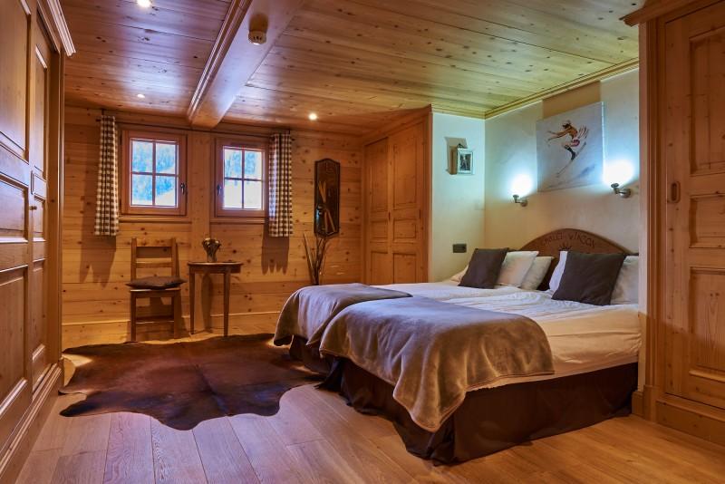 Vinson-chambre-lit-double10-location-appartement-chalet-Les-Gets